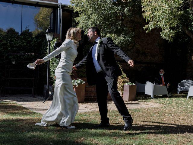 La boda de Silvia y Victor en Vilanova Del Valles, Barcelona 90