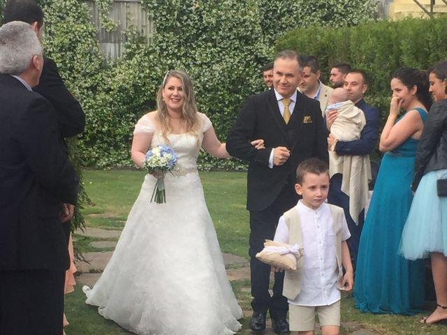 La boda de Juan  y Carmen  en Ferrol, A Coruña 8