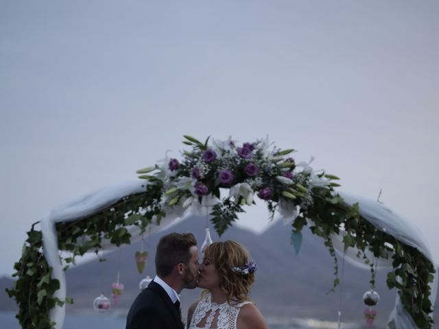 La boda de Pedro y Isabel en La Isleta, Almería 4