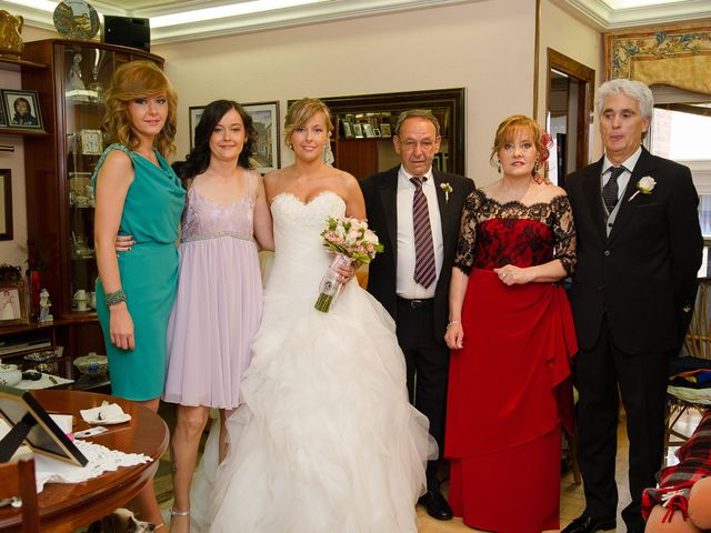 La boda de Abilio y María en Autillo De Campos, Palencia 17