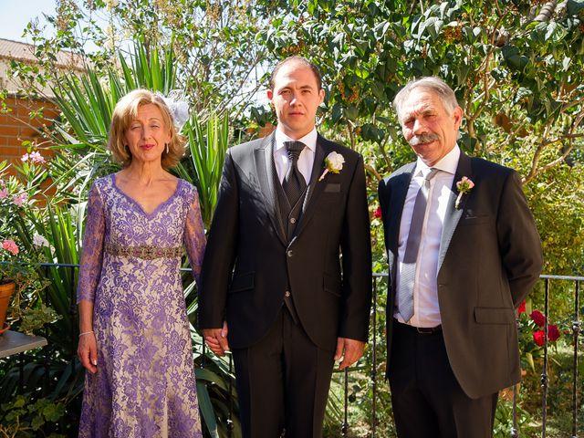 La boda de Abilio y María en Autillo De Campos, Palencia 22