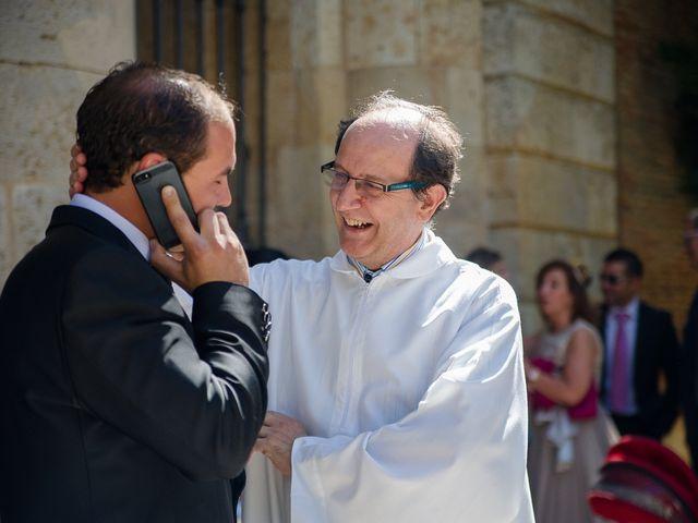 La boda de Abilio y María en Autillo De Campos, Palencia 30