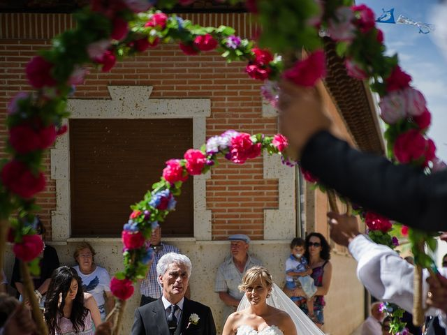 La boda de Abilio y María en Autillo De Campos, Palencia 34