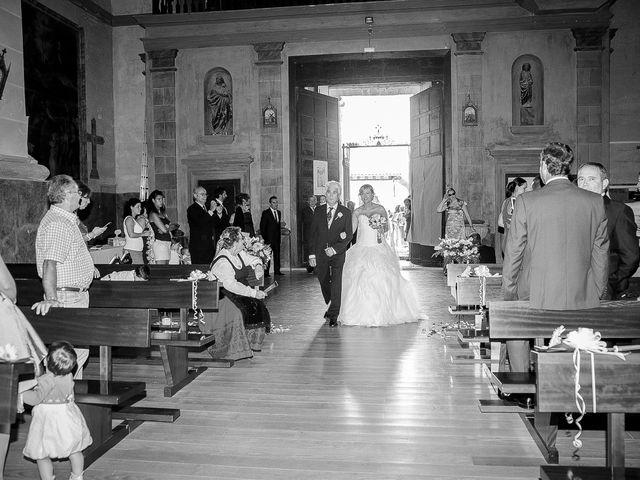 La boda de Abilio y María en Autillo De Campos, Palencia 37