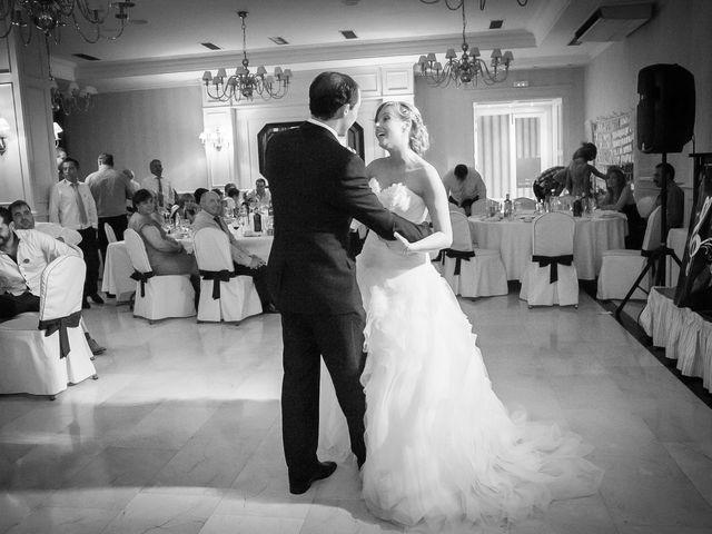 La boda de Abilio y María en Autillo De Campos, Palencia 77