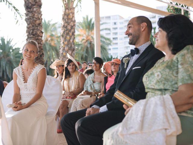 La boda de Miguel y Sine en La/villajoyosa Vila Joiosa, Alicante 28