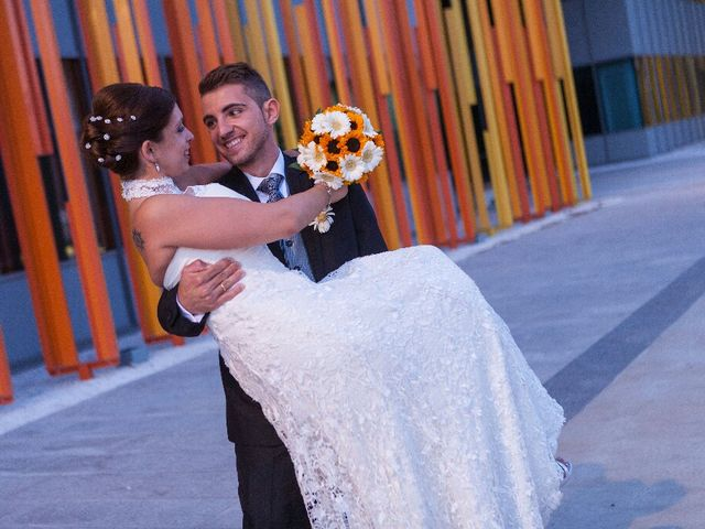 La boda de Julio y Lorena en Zaragoza, Zaragoza 9