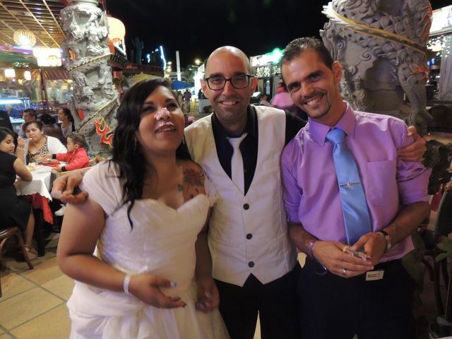 La boda de Ayose y Katerine en Corralejo, Las Palmas 50