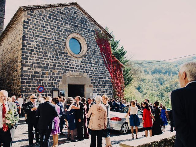 La boda de Esteve y Iris en Sant Ferriol, Girona 18