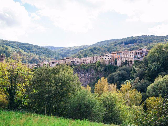 La boda de Esteve y Iris en Sant Ferriol, Girona 37