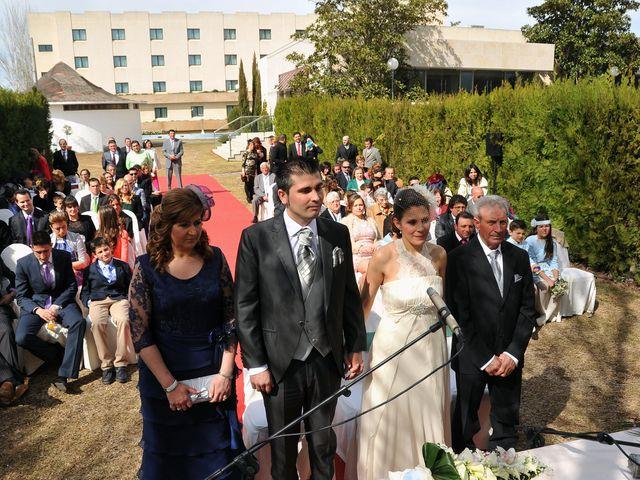 La boda de Alexis y Mª Victoria en Don Benito, Badajoz 22