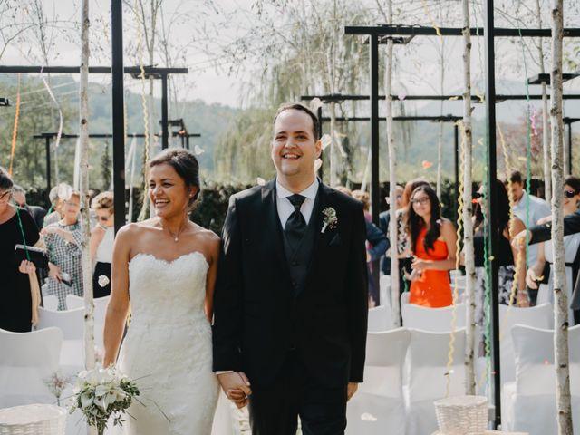 La boda de Carles y Melissa en La Vall De Bianya, Girona 24