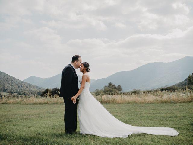 La boda de Carles y Melissa en La Vall De Bianya, Girona 25