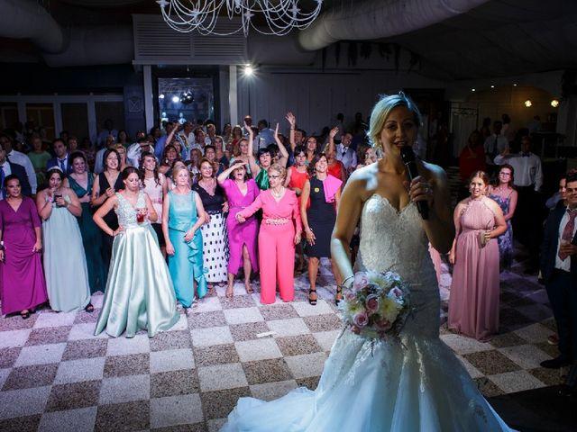 La boda de Fernando  y Esmeralda  en Los Santos De Maimona, Badajoz 5