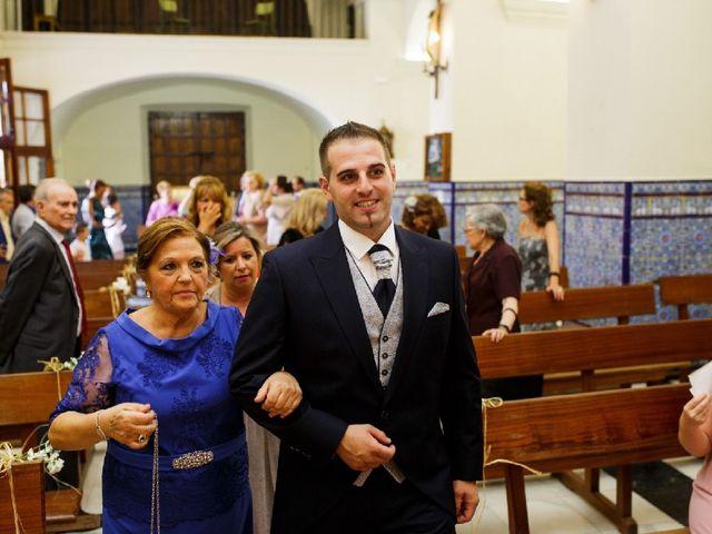 La boda de Fernando  y Esmeralda  en Los Santos De Maimona, Badajoz 9
