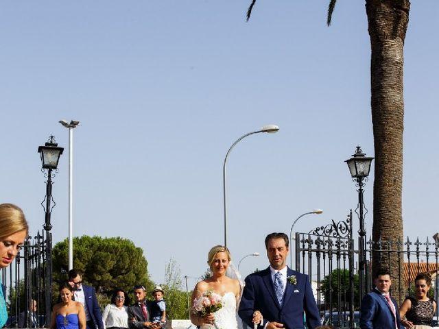 La boda de Fernando  y Esmeralda  en Los Santos De Maimona, Badajoz 14