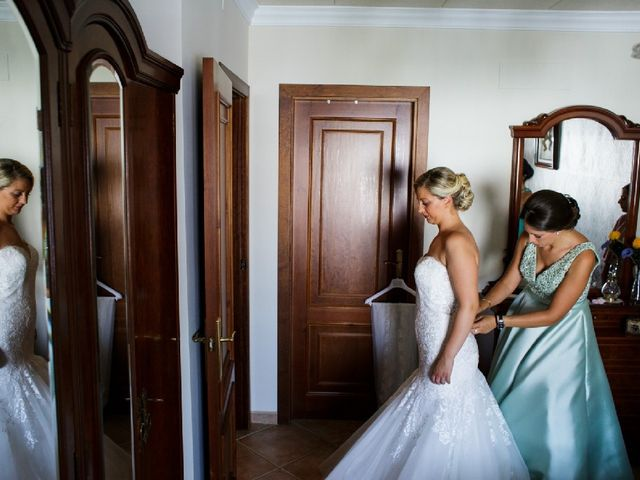 La boda de Fernando  y Esmeralda  en Los Santos De Maimona, Badajoz 17