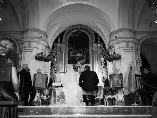 La boda de Moises y Rosi en Dos Hermanas, Sevilla 19