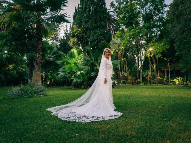 La boda de Moises y Rosi en Dos Hermanas, Sevilla 21