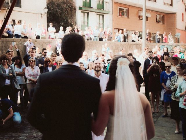 La boda de Julen y Idoia en Lekeitio, Vizcaya 40