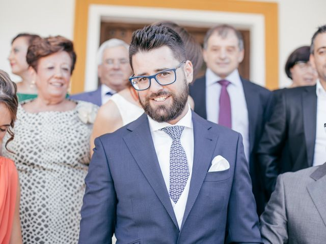 La boda de Jose y Auxi en Pedrera, Sevilla 14
