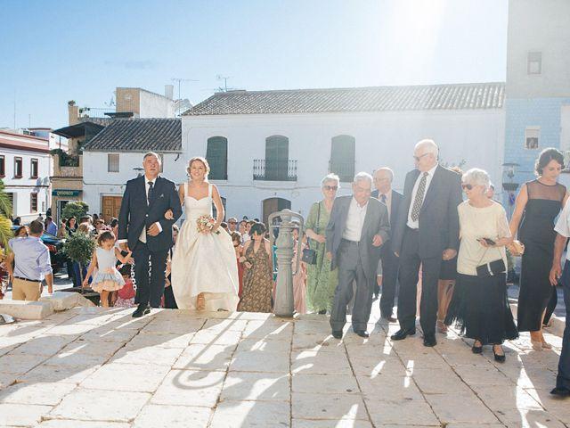 La boda de Jose y Auxi en Pedrera, Sevilla 33