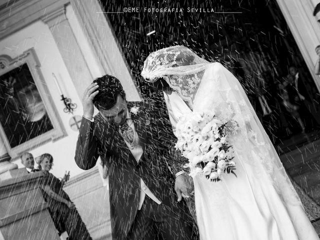 La boda de Jonathan y Victoria en Tomares, Sevilla 13