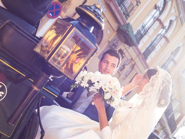 La boda de Jonathan y Victoria en Tomares, Sevilla 14