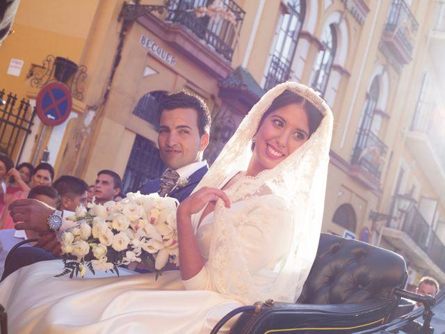 La boda de Jonathan y Victoria en Tomares, Sevilla 15