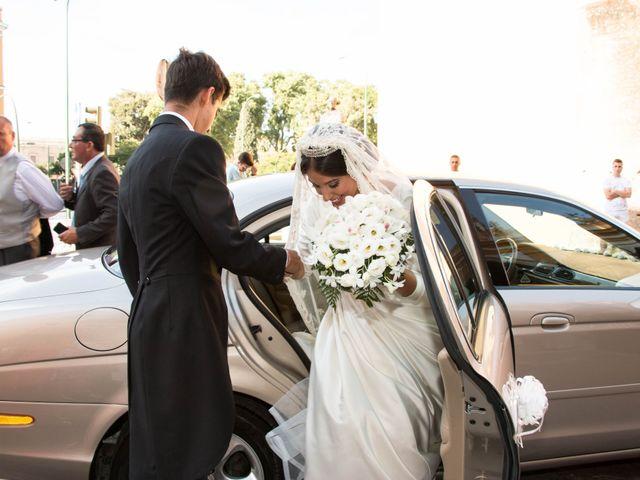 La boda de Jonathan y Victoria en Tomares, Sevilla 28