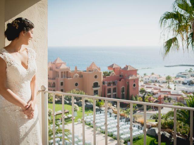 La boda de Fernado y Paula en Adeje, Santa Cruz de Tenerife 16