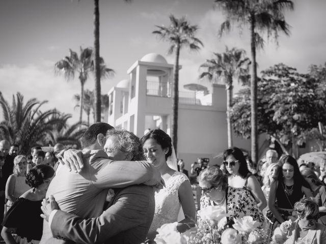 La boda de Fernado y Paula en Adeje, Santa Cruz de Tenerife 22
