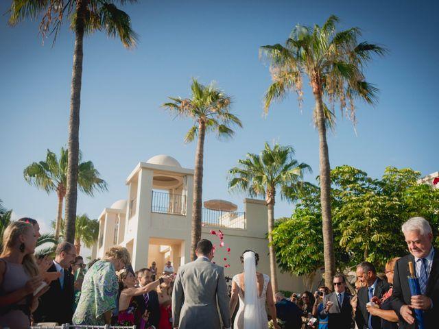 La boda de Fernado y Paula en Adeje, Santa Cruz de Tenerife 25