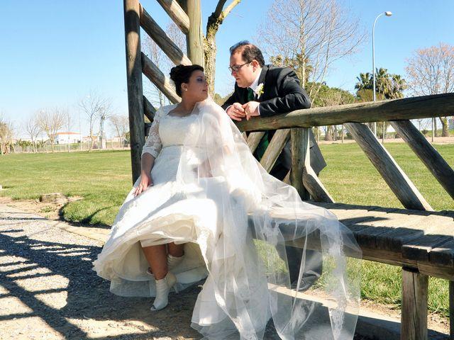 La boda de Angel y Pili en Santa Amalia, Badajoz 15