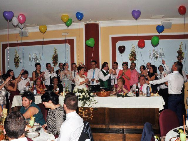 La boda de Angel y Pili en Santa Amalia, Badajoz 19