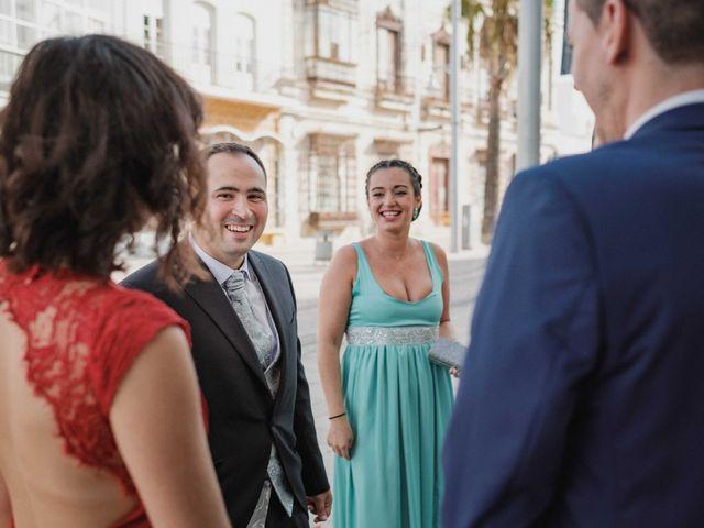 La boda de Mariano y Cristina en San Fernando, Cádiz 12