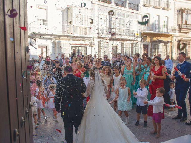 La boda de Mariano y Cristina en San Fernando, Cádiz 19