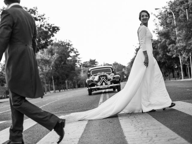 La boda de Víctor y Elena en Madrid, Madrid 30