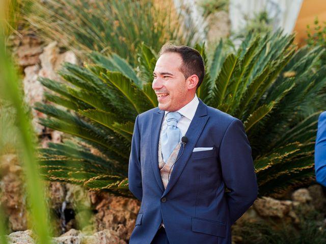 La boda de Antonio y Isabel en Málaga, Málaga 32