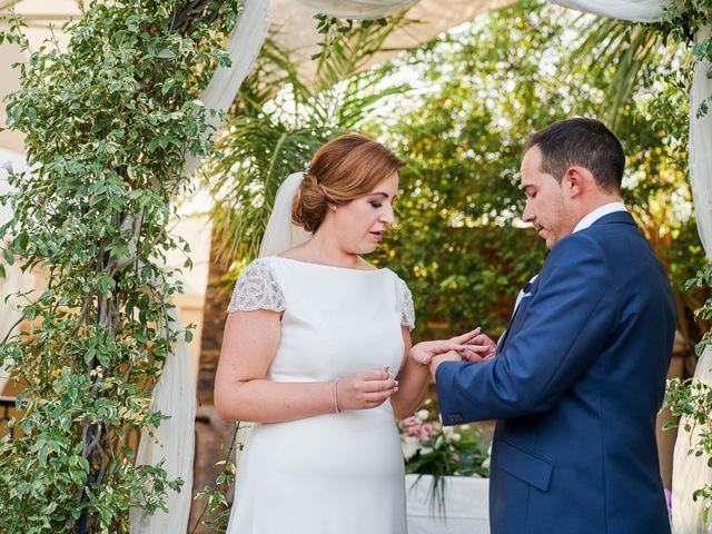 La boda de Antonio y Isabel en Málaga, Málaga 37