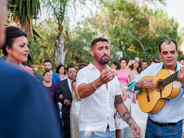 La boda de Antonio y Isabel en Málaga, Málaga 39