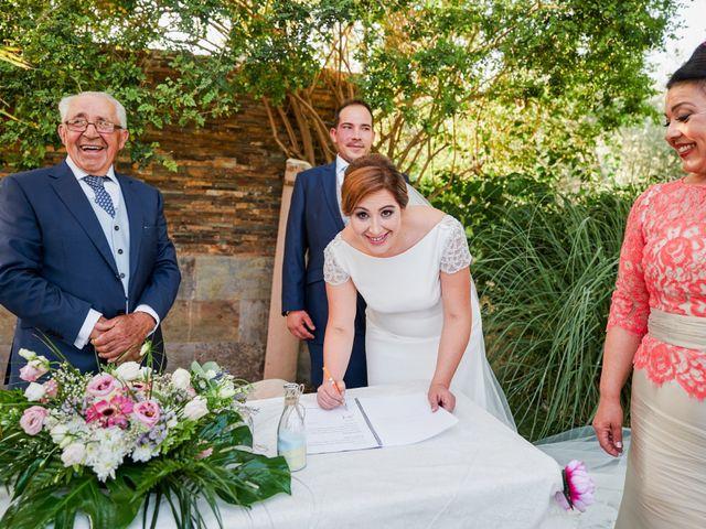 La boda de Antonio y Isabel en Málaga, Málaga 41