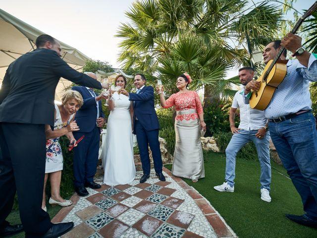 La boda de Antonio y Isabel en Málaga, Málaga 57