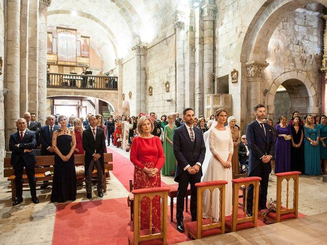 La boda de Miguel y Andrea en Castañeda, Cantabria 32