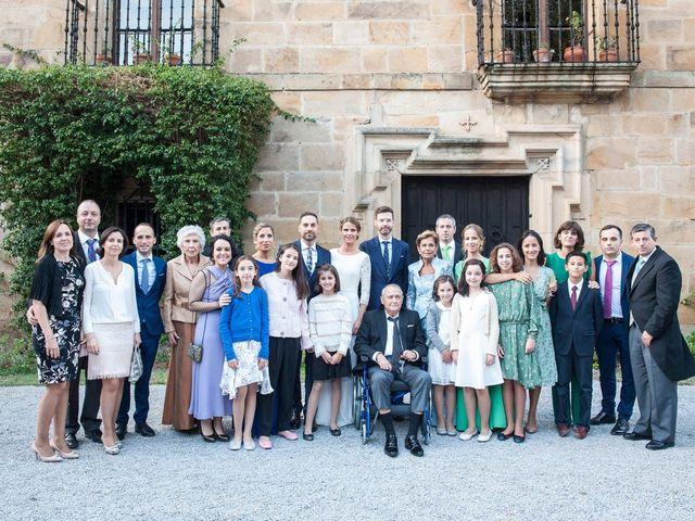 La boda de Miguel y Andrea en Castañeda, Cantabria 35