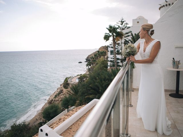La boda de Miguel y Sine en La/villajoyosa Vila Joiosa, Alicante 14