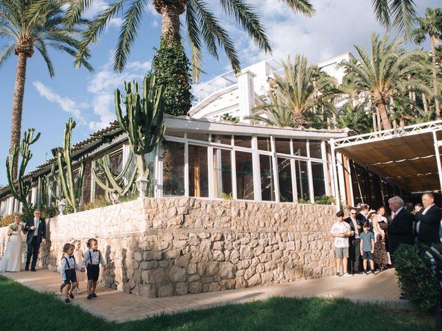 La boda de Miguel y Sine en La/villajoyosa Vila Joiosa, Alicante 21