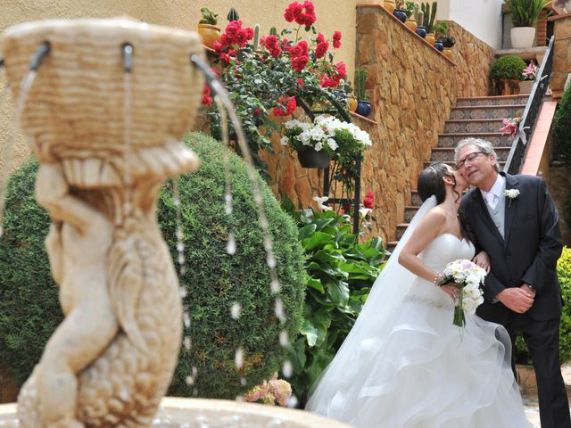 La boda de Daniel y Carla en Sant Feliu De Guixols, Girona 18