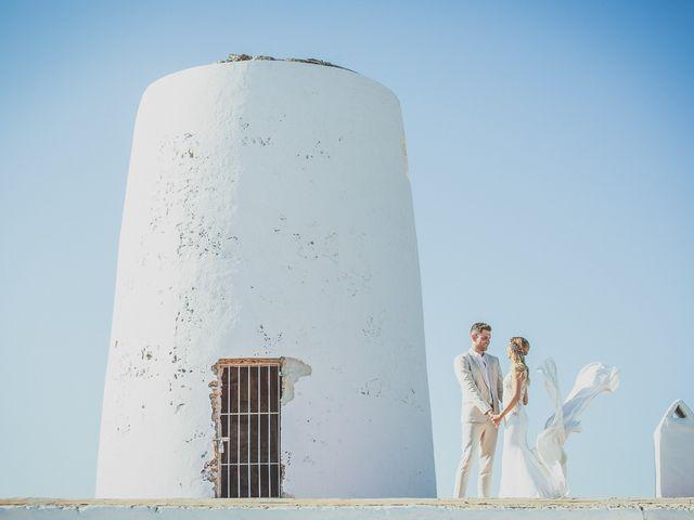 La boda de Tomás y Nora en Cala De San Vicente Ibiza, Islas Baleares 15