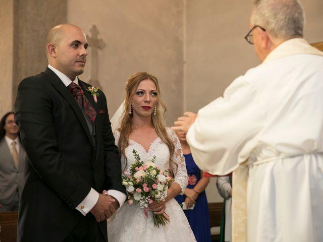 La boda de Alberto y Simona en Ferrol, A Coruña 18